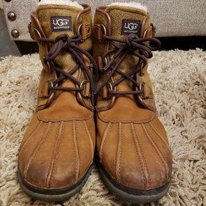 UGG Cecilia Boots